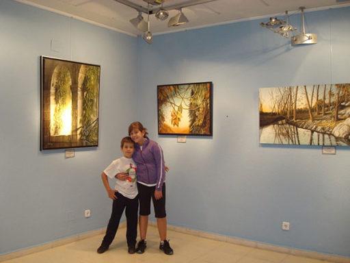 visitantes exposicion pintura al oleo